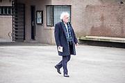 Uitvaart Mies Bouwman in een crematorium in Leusden.<br /> <br /> Op de foto:  Henk Spaan