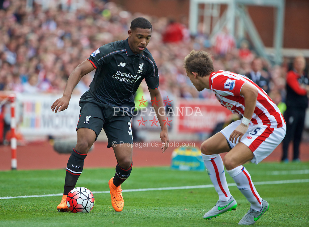 STOKE-ON-TRENT, ENGLAND - Sunday, August 9, 2015: Liverpool's Jordon Ibe in action against Stoke City during the Premier League match at the Britannia Stadium. (Pic by David Rawcliffe/Propaganda)