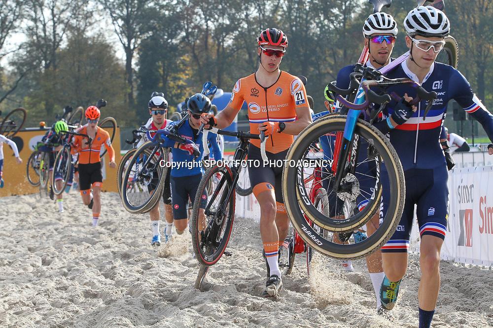 07-11-2020: Wielrennen: EK Veldrijden: Rosmalen<br />(21) Luke Verburg