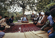 France - France 11/10/1978 the ayatolah Khomeyni in Neauphles le chateau.Imam Khomeini talking to students and journalists.<br /> فرانسه، دهکده نوفللوشاتو/ 19 آبان 1357<br /> France, village of Neauphle le Chateau / 10th November 1978<br /> فرانسه، دهکده نوفللوشاتو/ 19 آبان 1357<br /> امام خميني(ره) در حال خواندن نماز جماعت .<br /> فرانسه، دهکده نوفللوشاتو/ 19 آبان 1357<br /> امام خميني(ره) در حال خواندن نماز جماعت .