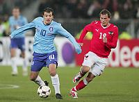 Fotball<br /> Østerrike v Nederland / Holland<br /> Foto: DPPI/Digitalsport<br /> NORWAY ONLY<br /> <br /> FOOTBALL - FRIENDLY GAMES 2007/2008 - AUSTRIA v NETHERLANDS - 26/03/2008 - RAFAEL VAN DER VAART (NET) / JURGEN SAUMEL (AUS)