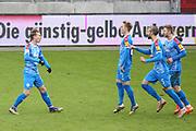 Fussball: 2. Bundesliga, FC St. Pauli - Holstein Kiel, Hamburg, 09.01.2021<br /> Jubel bei Torschuetze Joshua Mees (Kiel) und Team<br /> © Torsten Helmke