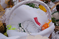 30.03.2013 Bialystok Swiecenie wielkanocnych pokarmow przez abp Edwarda Ozorowskiego na Rynku Miejskim fot Michal Kosc / AGENCJA WSCHOD