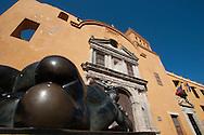Santo Domingo church with a sculpture of Ferdinando Botero.