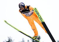 Hopp, 01.12.2001 Titisee-Neustadt, Deutschland,<br />De Østerreicher Andreas Goldberger am Samstag (01.12.2001) beim Weltcup Skispringen in Titisee-Neustadt, Schwarzwald.<br />Foto: JAN PITMAN/Digitalsport
