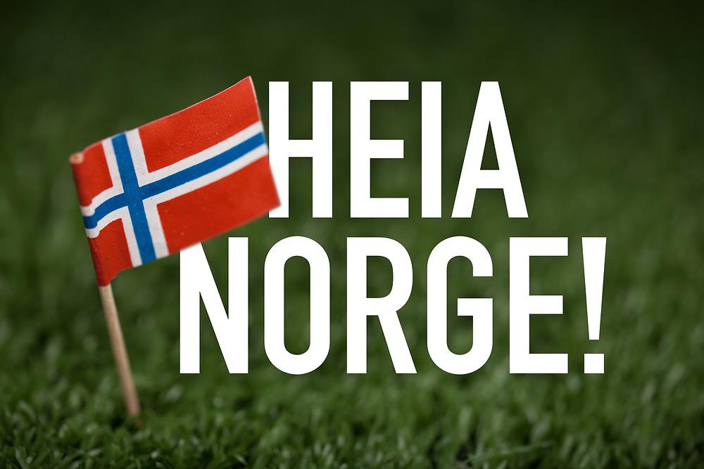 Nasjonalt heia-rop «Heia Norge!» akkompagnert av norsk flagg. Egnet til hyllest av spesielt fotball og andre idretter på gress, men også all annen nasjonalhyllest.