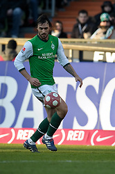 06.03.2010, Weserstadion, Bremen, GER, 1.FBL, Werder Bremen vs VFB Stuttgart, , im Bild  Hugo Almeida ( Werder  #23 ) auf dem Weg zum 1:2   EXPA Pictures © 2010, PhotoCredit: EXPA/ nph/  Kokenge / for Slovenia SPORTIDA PHOTO AGENCY.