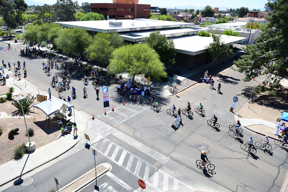 Cyclovia participants converging on the University of Arizona Poetry Center.