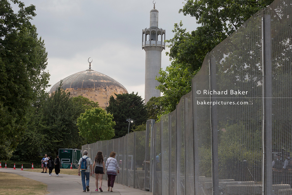 Regent's Park Mosque and the temporary perimeter fence encircling Winfield House, the official residence of the US Ambassador during the visit to the UK of US President, Donald Trump, on 12th July 2018, in Regent's Park, London, England.