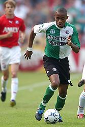 01-06-2003 NED: Amstelcup finale FC Utrecht - Feyenoord, Rotterdam<br /> FC Utrecht pakt de beker door Feyenoord met 4-1 te verslaan / Bonaventure Kalou