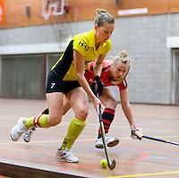 HEILOO -  Daphne Admiraal van Terriers tijdens de competitiewedstrijd zaalhockey tussen de vrouwen van  Terriers en Schaerweijde .  COPYRIGHT KOEN SUYK