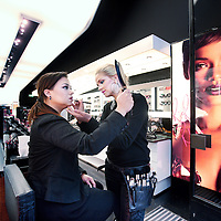 Nederland, Amsterdam , 18 oktober 2013.<br /> Mac Store (cosmetica) aan de Heligeweg.<br /> Foto:Jean-Pierre Jans