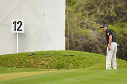 March 24, 2018 - Austin, TX, U.S. - AUSTIN, TX - MARCH 24: Matt Kuchar watches a chip shot during the Round of 16 for the WGC-Dell Technologies Match Play on March 24, 2018 at Austin Country Club in Austin, TX. (Photo by Daniel Dunn/Icon Sportswire) (Credit Image: © Daniel Dunn/Icon SMI via ZUMA Press)