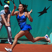 Jelena Jankovic, Serbia, in actio against Jarmila Groth, Australia,  during the third round match at the French Open Tennis Tournament at Roland Garros, Paris, France on Saturday, May 30, 2009. Photo Tim Clayton.