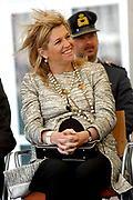 Princess Máxima is present at the distribution of a predikaat ' school without racism ' at ' s hertogenbosch. Her royal highness princess Máxima of the The Netherlands is Thursday morning 19 May 2005 on King Willem I college in ' s hertogenbosch to present  the distribution of the predikaat ' school without racism '. The predikaat is distributed this year for the eleventh time to the college. <br /> <br /> <br /> <br /> Prinses Máxima bij uitreiking predikaat 'School Zonder Racisme' te 's-Hertogenbosch <br /> <br />   <br /> <br /> Hare Koninklijke Hoogheid Prinses Máxima der Nederlanden is donderdagochtend 19 mei 2005 op het Koning Willem I College in 's-Hertogenbosch aanwezig bij de uitreiking van het predikaat 'School Zonder Racisme'. Het predikaat wordt dit jaar voor de elfde keer aan het college uitgereikt.