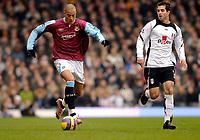 Photo: Alan Crowhurst.<br />Fulham v West Ham United. The Barclays Premiership. 23/12/2006. Bobby Zamora (L) attacks for West Ham.