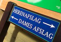 Bord Herenasklag , herenter, damsteen, Damesafslag. © Koen Suyk.