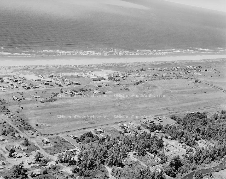 """Ackroyd 09822-08. """"Oregonian. aerials. June 28, 1960"""" """"Gearhart Hotel"""""""