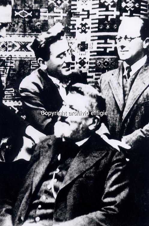 Alberto Tarchiani, Filippo Turati, Carlo Rosselli<br />a Parigi<br />archivio effigie