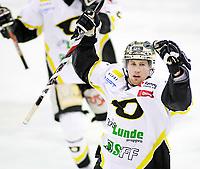 Ishockey , 17. Februar 2008 , GET ligan , Vålerenga - Stavanger ,  Brendan Brooks jubler etter å ha sendt Stavanger opp til 1-0 , Foto: Thomas Andersen , Digitalsport