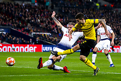 Christian Pulisic of Borussia Dortmund shoots at goal - Mandatory by-line: Robbie Stephenson/JMP - 13/02/2019 - FOOTBALL - Wembley Stadium - London, England - Tottenham Hotspur v Borussia Dortmund - UEFA Champions League Round of 16, 1st Leg