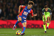 Lee Chung-Yong of Crystal Palace in action. Premier League match, Crystal Palace v Liverpool at Selhurst Park in London on Saturday 29th October 2016.<br /> pic by John Patrick Fletcher, Andrew Orchard sports photography.
