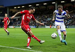 Lee Tomlin of Bristol City is challenged by Ben Gladwin of Queens Park Rangers - Rogan Thomson/JMP - 18/10/2016 - FOOTBALL - Loftus Road Stadium - London, England - Queens Park Rangers v Bristol City - Sky Bet EFL Championship.