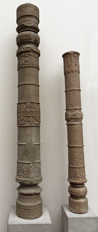 Column (pillar) from the Buddhist sanctuary of Prasat Prei Kmeng, Cambodia.  (650-700 AD) Sandstone sculpture