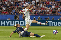 June 28, 2019 - Paris, França - PARIS, IF - 28.06.2019: FRANCE VS USA - Megan Rapinoe from the United States and Marion Torrent from France during a match between France and the United States. World Cup Qualification Football. FIFA. Held at the Parc des Princes Stadium in Paris, France  (Credit Image: © Richard Callis/Fotoarena via ZUMA Press)