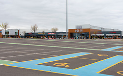 Edinburgh, Scotland, UK. 16 April 2020. Coronavirus lockdown continues in 4th week. Normally busy Ford Kinnaird retail shopping park Is virtually deserted. Iain Masterton/Alamy Live News