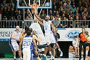 DESCRIZIONE : Cantu Lega A 2013-14 Acqua Vitasnella Cantu Sutor Montegranaro<br /> GIOCATORE : Adrian Uter<br /> CATEGORIA : Passaggio Rimbalzo<br /> SQUADRA : Acqua Vitasnella Cantu<br /> EVENTO : Campionato Lega A 2013-2014<br /> GARA : Acqua Vitasnella Cantu Sutor Montegranaro<br /> DATA : 29/12/2013<br /> SPORT : Pallacanestro <br /> AUTORE : Agenzia Ciamillo-Castoria/G.Cottini<br /> Galleria : Lega Basket A 2013-2014  <br /> Fotonotizia : Cantu Lega A 2013-14 Acqua Vitasnella Cantu Sutor Montegranaro<br /> Predefinita :