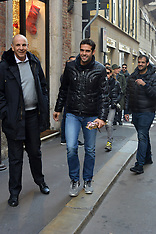 Kaka out in Milan - 22 Nov 2017