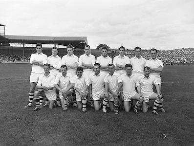 Neg no:.B142/9571-9579...23081959AISFCSF..23.08.1959, 08.23.1959, 23rd August 1959..All Ireland Senior Football Championship - Semi-Final..Galway.01-11..Down.01-04...Galway. ..J. Farrell, J. Kissane, S. Meade, M. Greally, M. Garrett, J. Mahon, S. Colleran, F. Evers, Matty McDonagh, J. Young, S. Purcell (Captain), Ml. McDonagh, M. Laide, F. Stockwell, J. Nallen.Subs: J. Keeley for Nallen, P. Dunne for Greally.S. Purcell (Captain)....