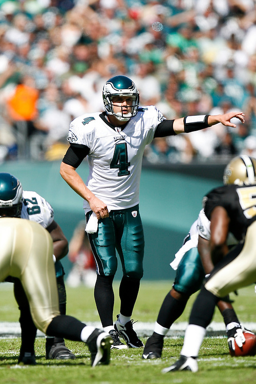 Philadelphia Eagles quarterback Kevin Kolb #4 during the NFL game between the New Orleans Saints and the Philadelphia Eagles on September 20th 2009. The Saints won 48-22 at Lincoln Financial Field in Philadelphia, Pennsylvania. (Photo By Brian Garfinkel)