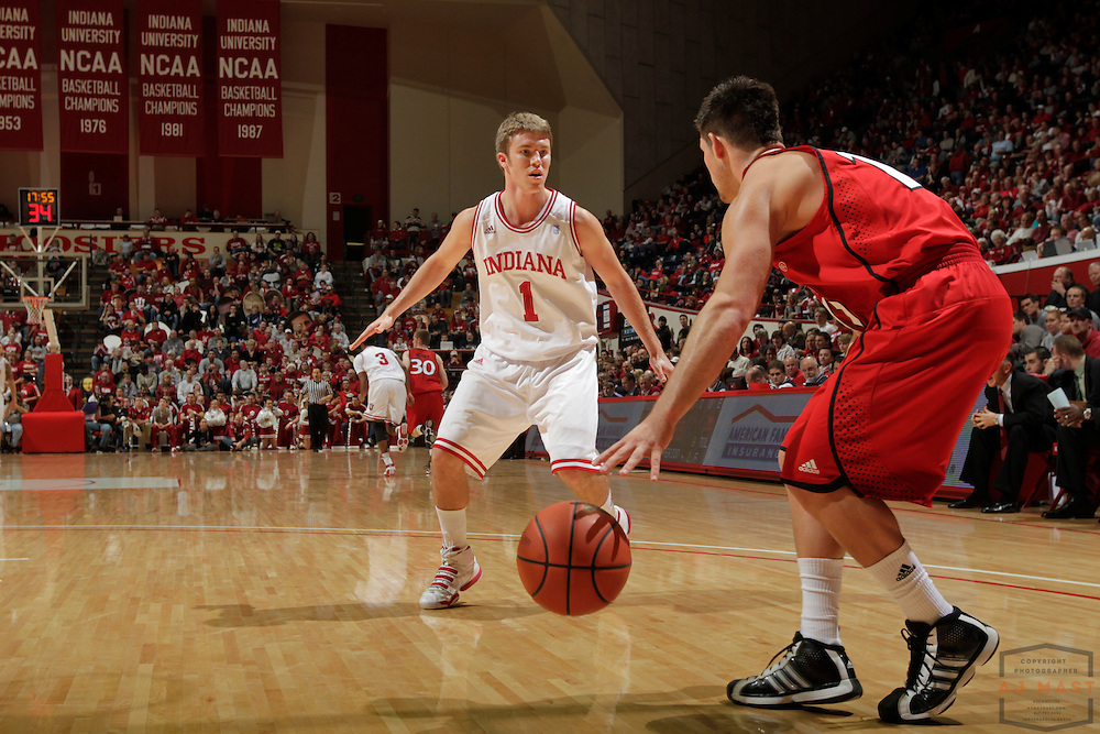 17 December 2010: Indiana guard Jordan Hulls (1) as the Indiana Hoosiers played the Southern Illinois University at Edwardsville Cougars in a college basketball game in Bloomington, Ind.