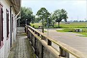 Nederland, the Netherlands, Nijmegen, 19-8-2015De gemeente Nijmegen is van plan jonge asielzoekers uit Eritrea noodgedwongen bij elkaar in dit voormalig studentencomplex in Lent te huisvesten. Slecht voor de integratie, zeggen VluchtelingenWerk Nederland en oppositiepartij PvdA in de Gelderse stad.FOTO: FLIP FRANSSEN/ HOLLANDSE HOOGTE