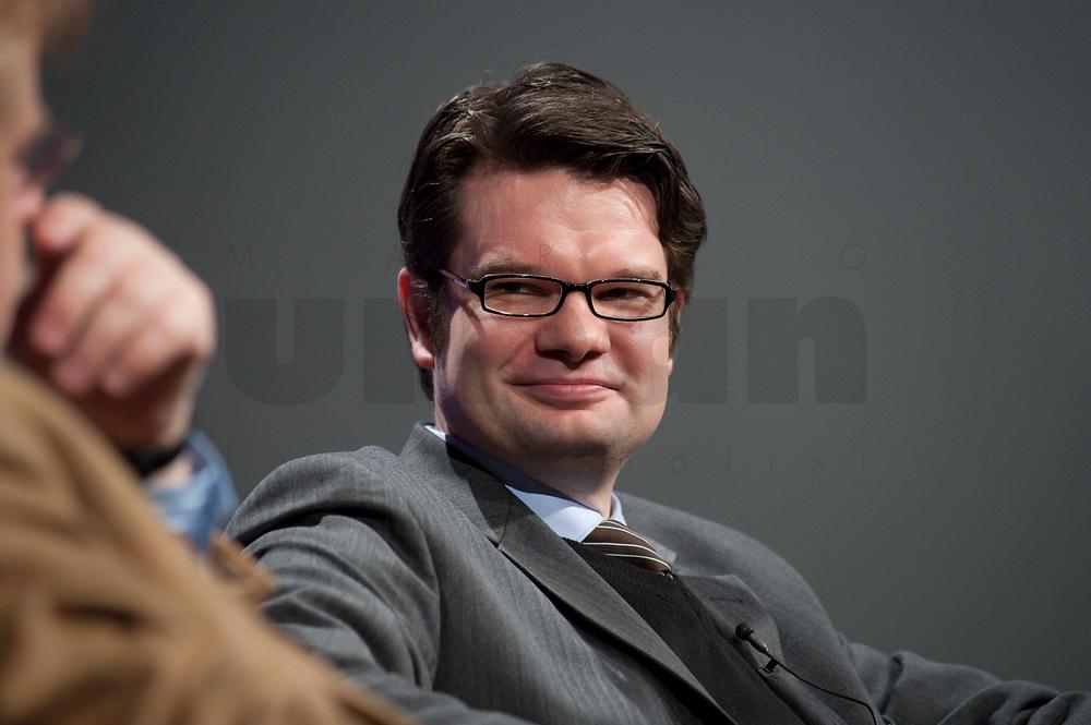 """12 JAN 2010, KOELN/GERMANY:<br /> Michael Theurer, MdEP, Fraktion der Liberalen im EP, Diskussion """"Das Europaeische Parlament - gestaerkt durch den Lissabon-Vertrag?"""", dbb Jahrestagung """"Europa nach Lissabon - Fit fuer die Zukunft?"""", Messe Koeln<br /> IMAGE: 20100112-01-091"""