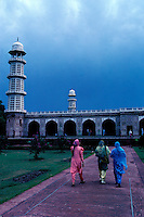 Pakistan, Punjab, Lahore, Tombe de Jehangir, Empereur Moghol // Pakistan, Punjab, Lahore, Moghol emperor Jehangir tomb
