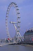 AYBT21 British Airways London Eye Millennium ferris wheel River Thames London England