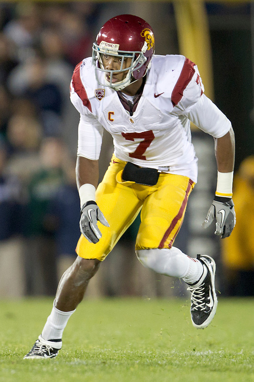 USC safety T.J. McDonald (#7) during third quarter of NCAA football game between Notre Dame and USC.  The USC Trojans defeated the Notre Dame Fighting Irish 31-17 in game at Notre Dame Stadium in South Bend, Indiana.