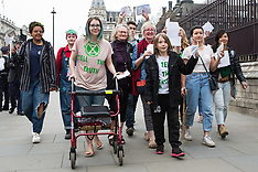2019-04-23 Extinction Rebellion deliver letters to MPs