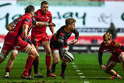 Dragons' Angus O'Brien in action during todays match<br /> <br /> Photographer Craig Thomas/Replay Images<br /> <br /> Guinness PRO14 Round 13 - Scarlets v Dragons - Friday 5th January 2018 - Parc Y Scarlets - Llanelli<br /> <br /> World Copyright © Replay Images . All rights reserved. info@replayimages.co.uk - http://replayimages.co.uk