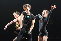 © Licensed to London News Pictures. 13/01/2015. London, England. L-R: Erin O'Toole, Sarkari Männistö and Kieran Stoneley. Dress rehearsal of Gandini Juggling's new show 4 x 4 Ephemeral Architectures. Four classical dancers, choreographed by former Royal Ballet First Artist Ludovic Ondiviela, join four of Gandini's jugglers. World premiere at Linbury Studio Theatre, Royal Opera House, 13 to 15 January 2015. The show is part of the London International Mime Festival and is followed by a UK tour. Dancers: Kieran Stoneley, Kate Byrne, Erion O'Toole and Joe Bishop, jugglers: Kim Huynh, Sakari Männistö, Owen Reynolds and Kati Ylä-Hokkala. Photo credit: Bettina Strenske/LNP