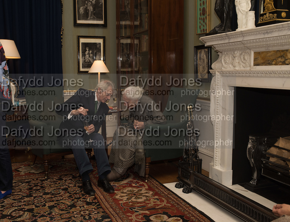 EARL OF Wemyss and March; DAME DRUE HEINZ, Everyman 25th Anniversary party, Spencer House. St. James' Place. London. SW1. 26 October 2016