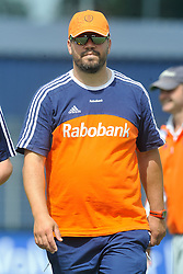 08-06-2011 HOCKEY: NEDERLAND - AZERBEIDZJAN: UTRECHT<br />Coach Max Caldas<br />©2011-FotoHoogendoorn.nl