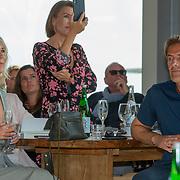 NLD/Bloemendaal/20200702 - Boekpresentatie Bonuskind van Saskia Noort,