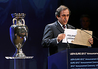 Photo: Rich Eaton.<br />UEFA European Championships 2012 Press Conference. 18/04/2007.<br />Poland and Ukraine are announced as the hosts of Euro 2012 by UEFA President Michel Platini.