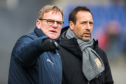 (L-R) assistant trainer Dwight Lodeweges of PEC Zwolle, coach John van 't Schip of PEC Zwolle during the Dutch Eredivisie match between PEC Zwolle and VVV Venlo at the MAC3Park stadium on March 04, 2018 in Zwolle, The Netherlands