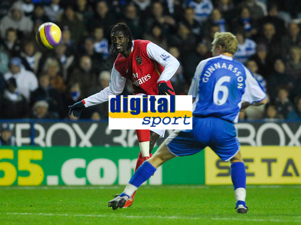 Photo: Leigh Quinnell/Sportsbeat Images.<br /> Reading v Arsenal. The FA Barclays Premiership. 12/11/2007. Arsenals Emmanuel Adebayor gets a cross past Readings Brynjar Gunnarsson.