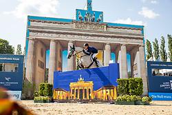DEUSSER, Daniel (GER), Jasmien vd Bisschop<br /> Berlin - Global Jumping Berlin 2019<br /> CSI5* - LONGINES GLOBAL CHAMPIONS TOUR Grand Prix of Berlin<br /> presented by TENNOR<br /> Wertungsprüfung zur Longines Global Champions Tour 2019 <br /> Springprüfung mit Stechen, international<br /> 27. Juli 2019<br /> © www.sportfotos-lafrentz.de/Stefan Lafrentz